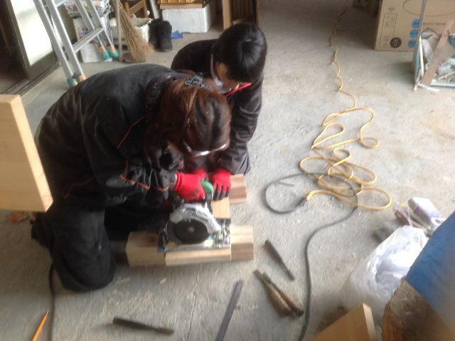 チラシ準備と木工教室準備_f0031037_212879.jpg