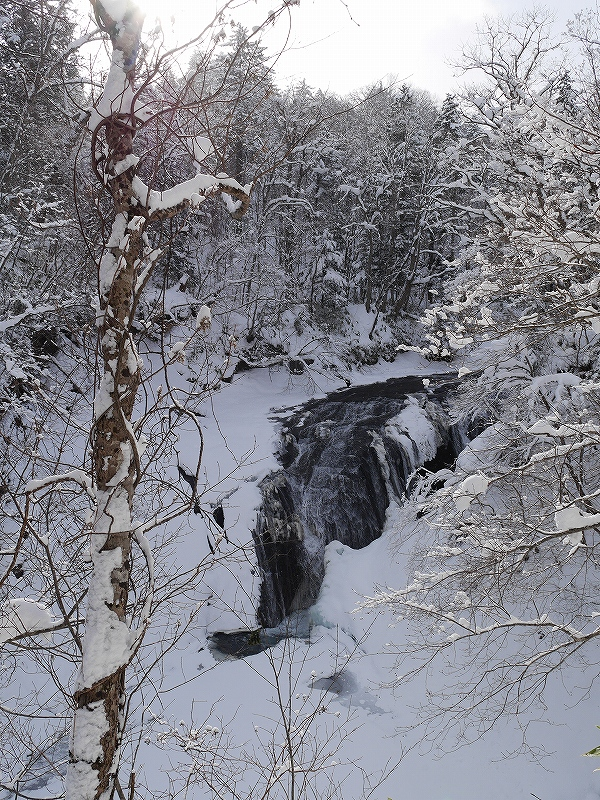 ラルマナイの滝と白扇の滝_f0138096_178589.jpg
