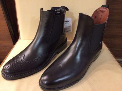革靴⁈いや…_d0166598_1710330.jpg