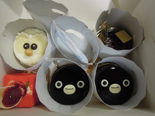 本日のおめざ!!  池袋メトロポリタンホテルのケーキ_e0116211_20105910.jpg