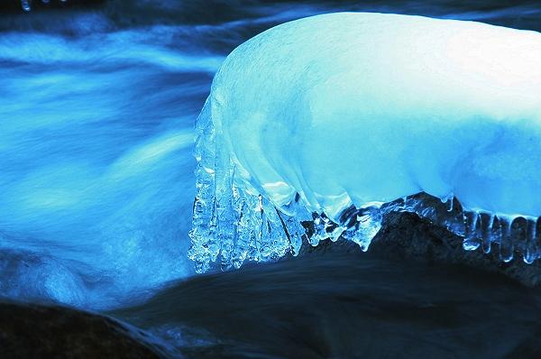 氷のオブジェ_c0047422_18364147.jpg