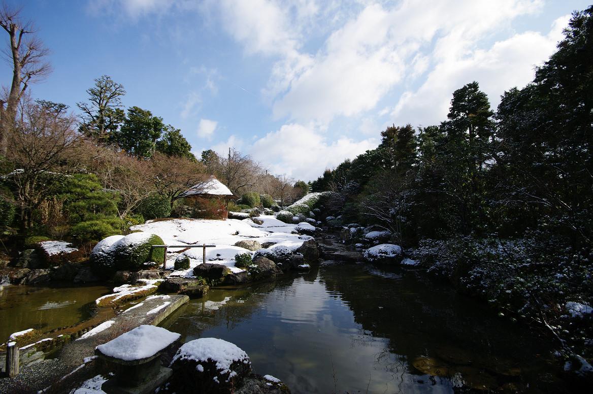雪の退蔵院..._f0152550_1923143.jpg