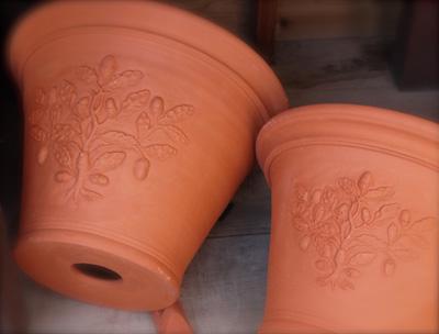 Pots inspired by William Morris  2 Acorn Pot_d0229351_17484198.jpg