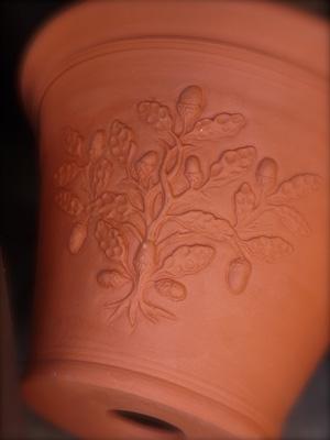 Pots inspired by William Morris  2 Acorn Pot_d0229351_17484398.jpg