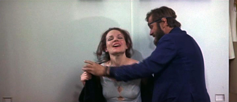キャロル・ベイカー(Carroll Baker)「ハーレム」(1967)...