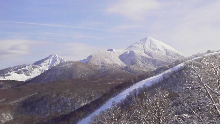 スキーシーズン真っ只中_c0160368_18244247.jpg