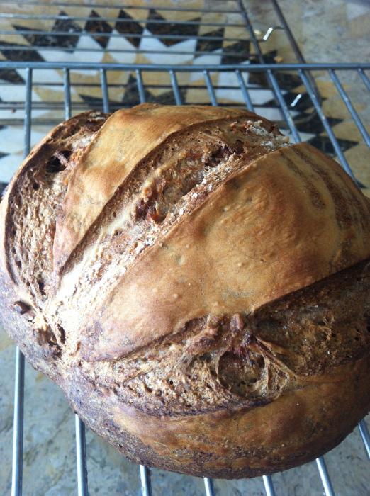 金曜日、土曜日のパンの販売_b0057979_01041284.jpg