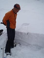 雪崩リスク管理・対応トレーニング_e0064783_10042085.jpg