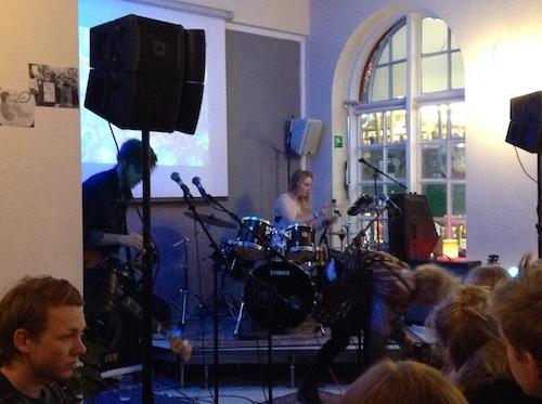 アイスランド・エアウエイブス2013 〔9後半) モーゼズ・ハイタワー、アゥスゲイルで盛りだくさん!_c0003620_4122898.jpg