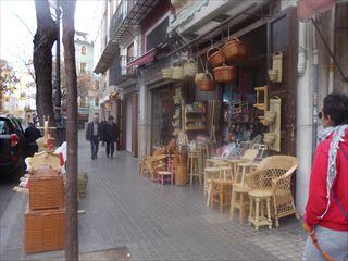 市場の周り@Valencia_e0120938_05464079.jpg