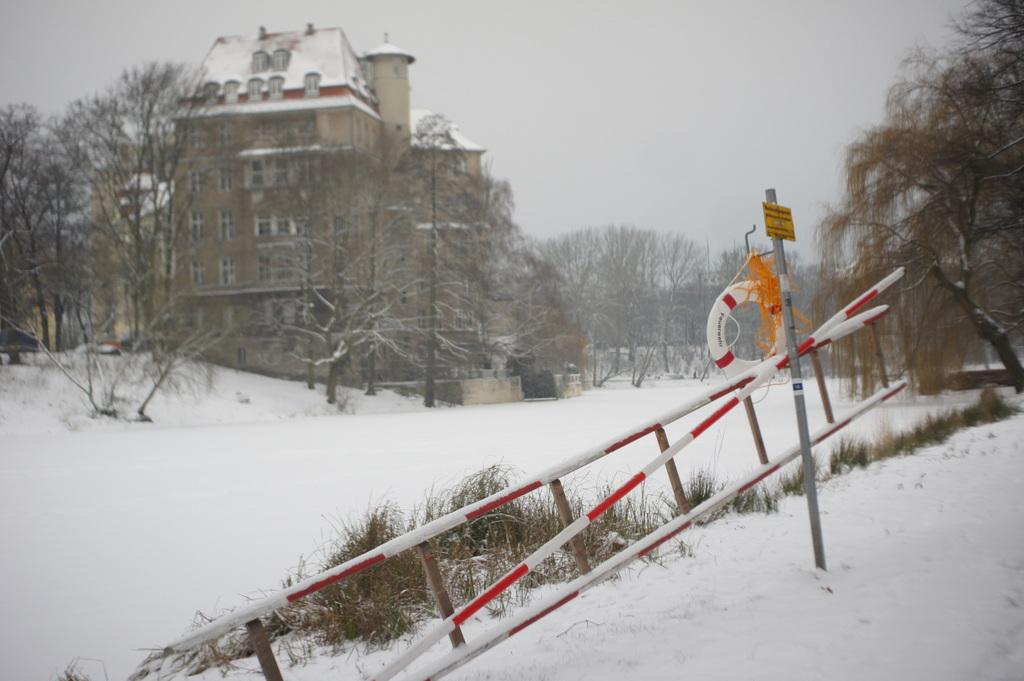 雪のベルリン。_c0180686_23084574.jpg