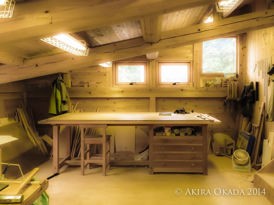#49 木工房の作業机_c0315588_00415608.jpg