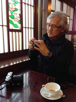友人の写真家と久しぶりに長話、偶にはこういう時間も必要ですね!_b0194208_21243835.jpg