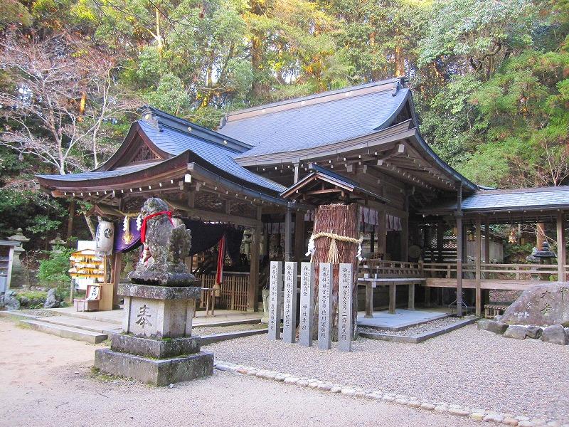 古代歴史を感じさせる【等彌(とみ)神社】_e0237645_11424610.jpg