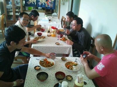 サトウキビ農家の昼飯1/29_e0131462_14351669.jpg