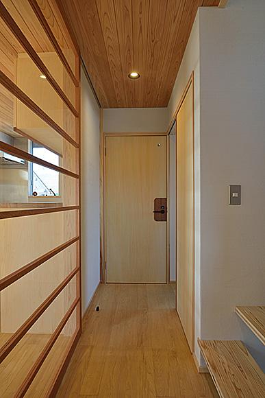 今年最初の見学会「二世帯住宅リノベーション住まい手さん宅見学会」_e0164563_1155473.jpg