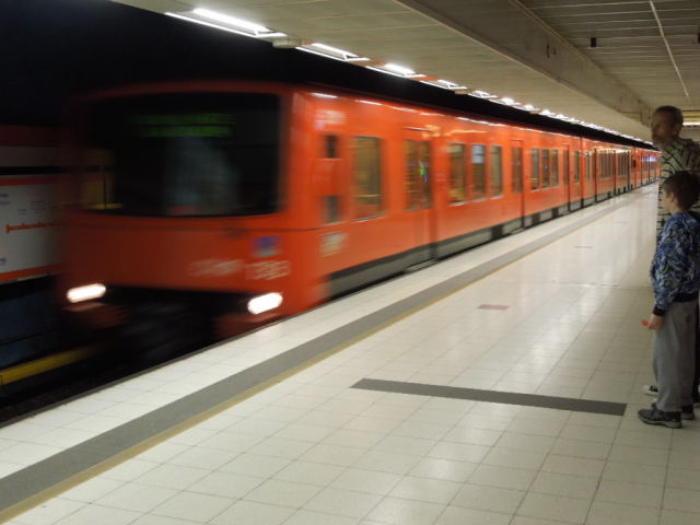 ヘルシンキの地下鉄 副題:サイホクの話_f0189467_23554079.jpg