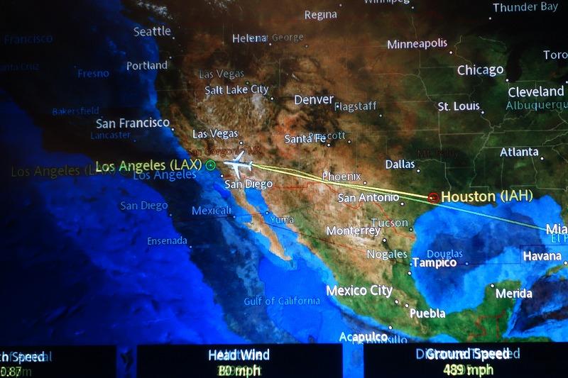 東から西へ・・・_e0181908_16521064.jpg