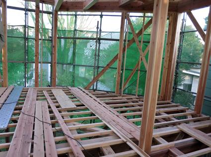 現場の進捗と建材屋さん_a0148909_9505256.jpg