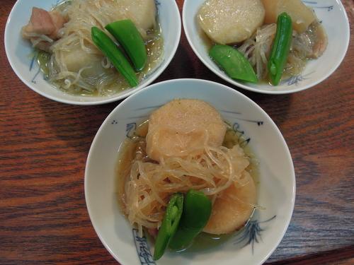 里芋の煮物_e0116211_10114343.jpg