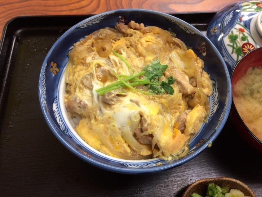 親子丼の小宇宙@天平食堂_a0177651_22571330.jpg