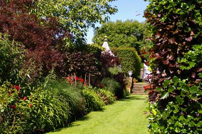 復元ポット2  at Hidcote Manor Garden_d0229351_19232022.jpg