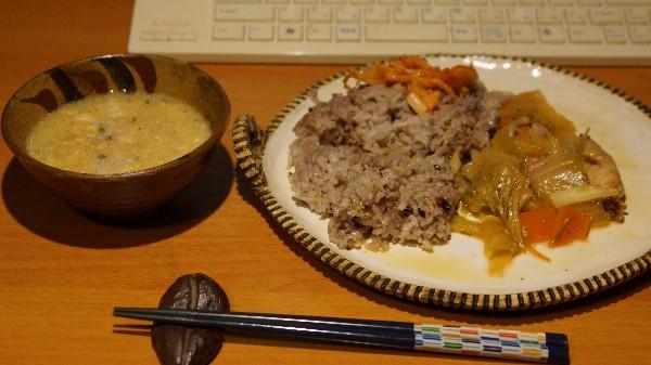 夕飯は供え物_e0166355_18495276.jpg
