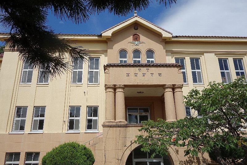 函館市立図書館旧本館_c0112559_11262739.jpg