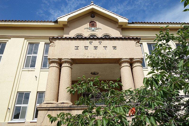 函館市立図書館旧本館_c0112559_1129989.jpg