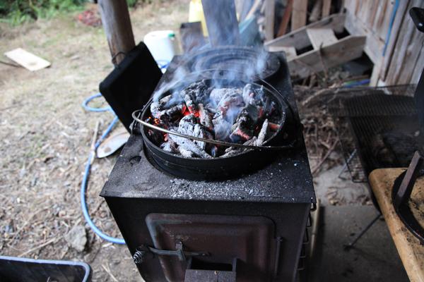 薪火でパン作り_f0258061_12513972.jpg