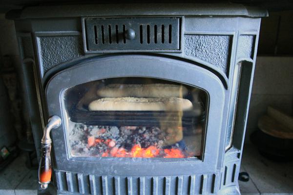 薪火でパン作り_f0258061_1295191.jpg