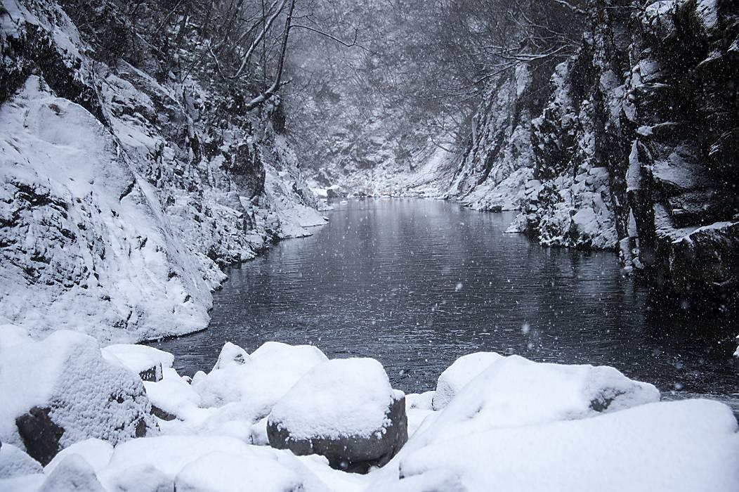 冬景色・・・秋保大滝_e0271864_63345.jpg