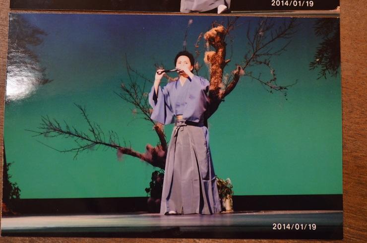 新春歌舞ショー 自分の踊る姿_d0230676_1705221.jpg