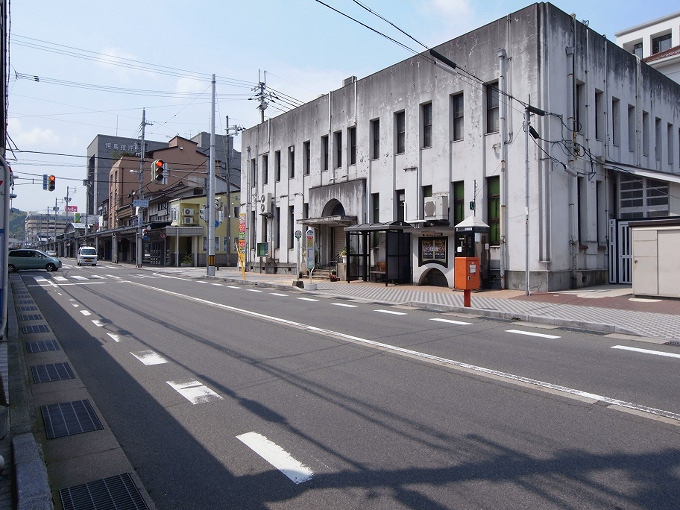豊岡市役所南庁舎(旧豊岡郵便局)_f0116479_1339281.jpg