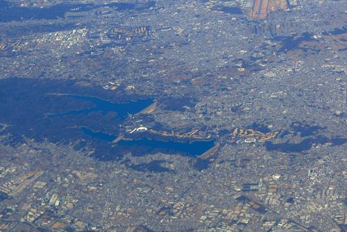飛行機から見おろした我がまち…_c0124100_2144562.jpg