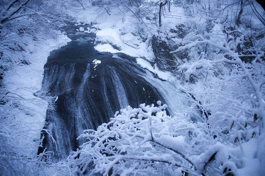 冬景色・・・・関山の大滝_e0271864_1918971.jpg