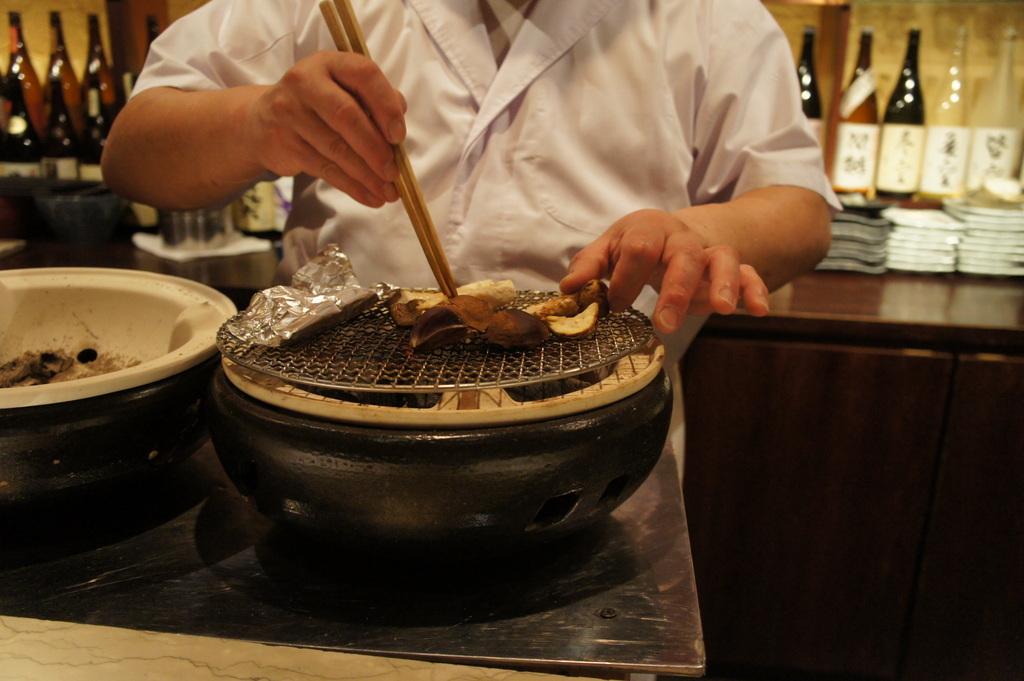 10/29 久々の東京でTちゃんと晩餐+グスティ来日_c0180686_07034369.jpg