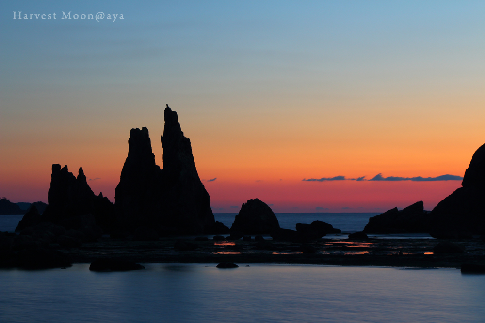 Silhouette of the rock_b0208495_233786.jpg