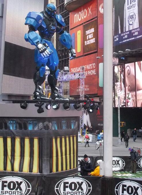 NYのスーパーボウル・ブルーバード、テレビ局の特設スタジオがずらり_b0007805_18483714.jpg