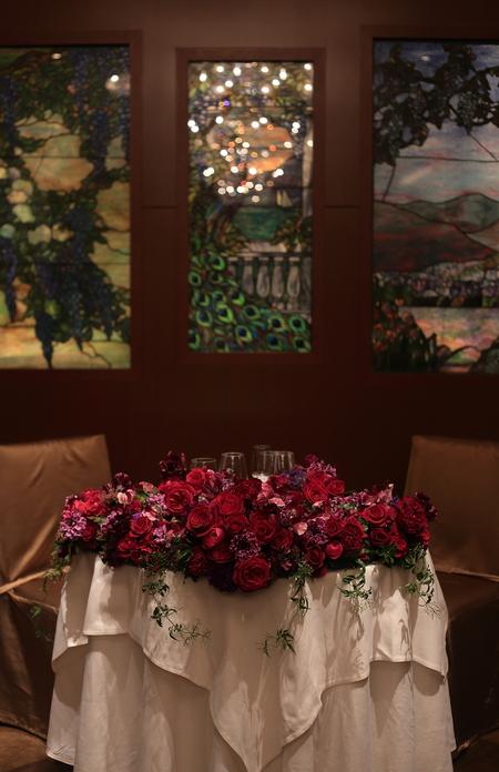 冬の装花 メゾン ポール・ボキューズ様へ 赤バラと白磁_a0042928_5183545.jpg