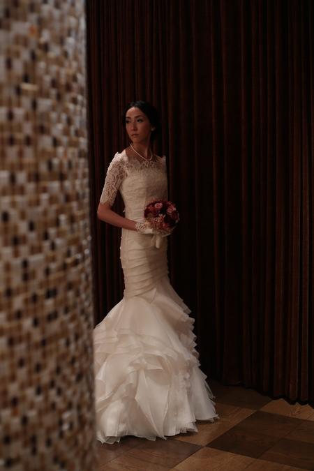 冬の装花 メゾン ポール・ボキューズ様へ 赤バラと白磁_a0042928_518361.jpg