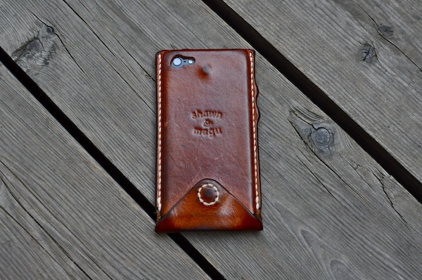 iphone  leather cover +_b0172633_2122511.jpg