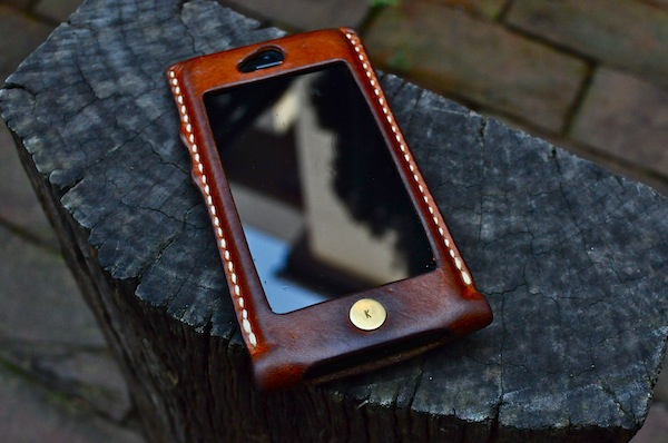 iphone  leather cover +_b0172633_21225254.jpg