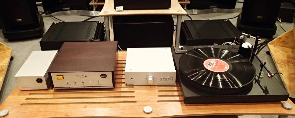 Aurora sound  Vinyl Disk Amplifire VIDA  店頭に入荷_b0262449_21142119.jpg