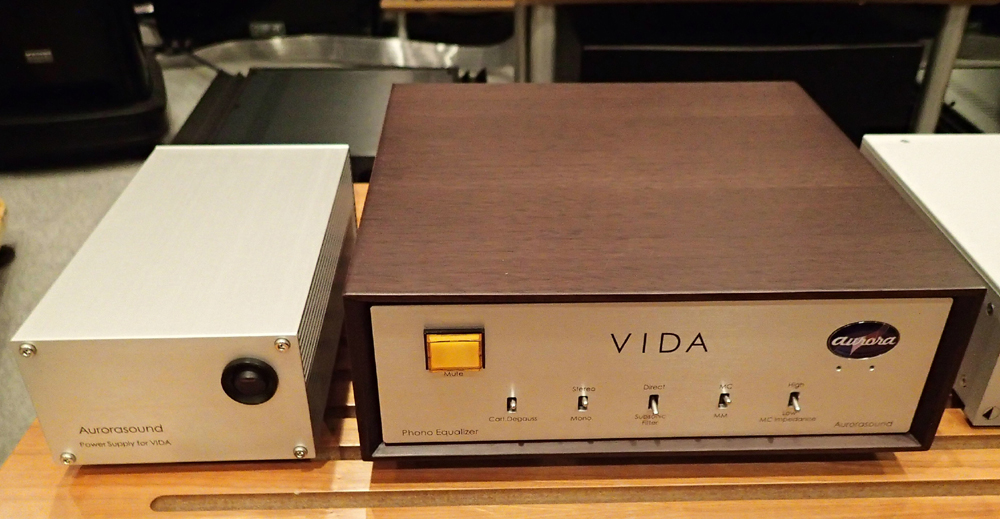 Aurora sound  Vinyl Disk Amplifire VIDA  店頭に入荷_b0262449_21142793.jpg