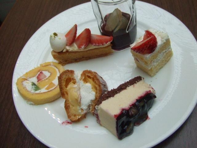 東京ベイ舞浜ホテル ファインテラス ショコラ&ストロベリーデザートビュッフェ_f0076001_21535232.jpg