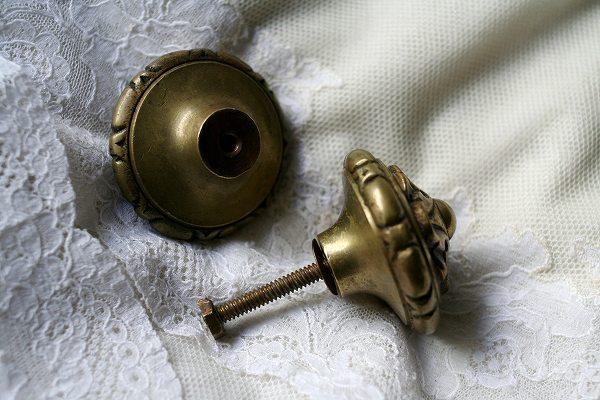 ブロンズ丸型戸棚のドア取っ手3、4_f0112550_23504320.jpg