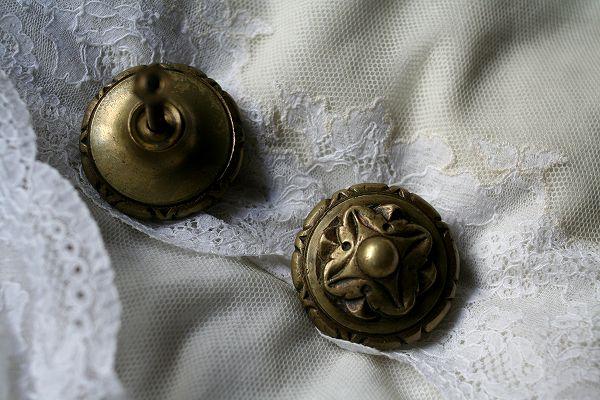 ブロンズ丸型戸棚のドア取っ手3、4_f0112550_23504321.jpg