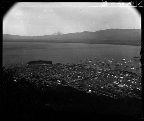 コラムリレー(第9回) 函館港のパノラマ写真-明治25年11月6日写-_f0228071_13131923.jpg