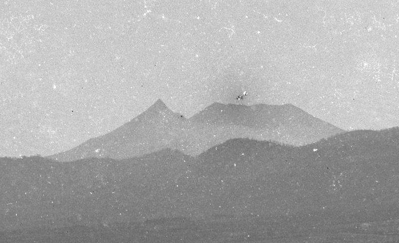 コラムリレー(第9回) 函館港のパノラマ写真-明治25年11月6日写-_f0228071_1344712.jpg